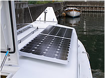 東京海洋大学 急速充電型電池推進船